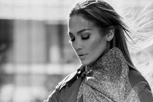 Jennifer Lopez Coach Campaign 2020 Wallpaper
