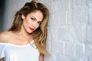 Jennifer Lopez Singer Wallpaper