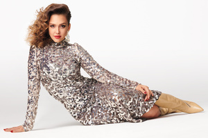 Jessica Alba Instyle Magazine July 2019 Wallpaper