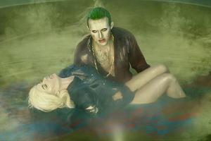 Joker Saving Harley Life Wallpaper