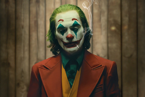 Joker Smoking Cigratte