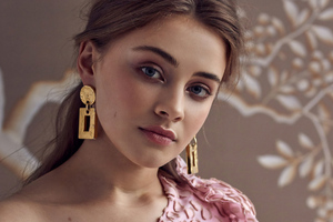 Josephine Langford Rose And Ivy Photoshoot 4k