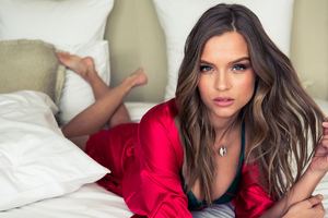 Josephine Skriver New Model Wallpaper