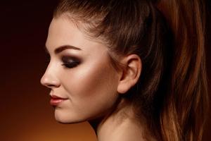 Julia Colored Hairs Side Posing 4k Wallpaper