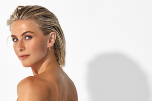 Julianne Hough Womens Health Magazine 2020 Wallpaper