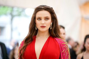 Katherine Langford Met Gala 2018 Wallpaper