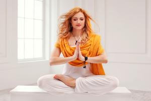 Katherine McNamara Yoga 5k Wallpaper