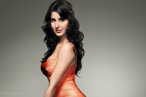 Katrina Kaif 5 Wallpaper