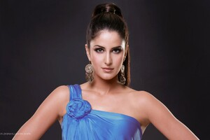 Katrina Kaif 7 Wallpaper