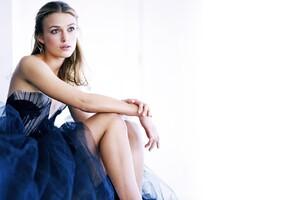 Keira Knightley Beautiful Dress