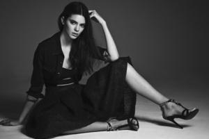 Kendall Jenner 5k Monochrome