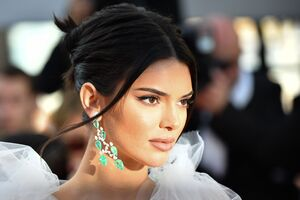 Kendall Jenner Girls Of The Sun Premiere