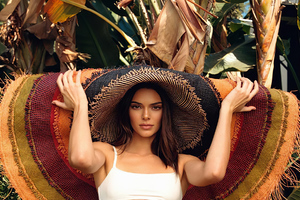 Kendall Jenner New Wallpaper