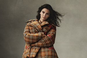 Kendall Jenner Vogue 2019 4 Wallpaper