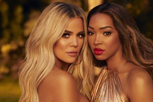 Khloe Kardashian And Malika Haqq Wallpaper