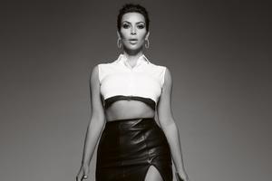 Kim Kardashian Elle UK 2018 Wallpaper