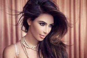 Kim Kardashian New Wallpaper