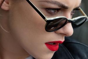 Kristen Stewart Dories Closeup Photoshoot Wallpaper