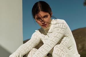 Kylie Jenner Elle Russia 4k Wallpaper