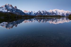 Lake Reflection Mountains 4k Wallpaper
