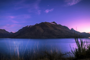 Lake Wakatipu In Newzealand Wallpaper