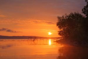 Lakeside Orange Sunset 8k Wallpaper