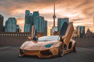 Lamborghini Aventador CN Tower 5k