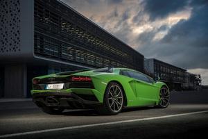 Lamborghini Aventador S 2018