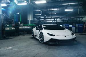 Lamborghini Huracan 8k Photography