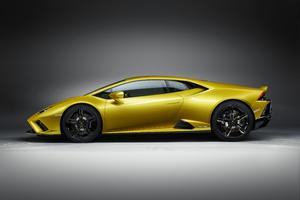 Lamborghini Huracan EVO RWD 2020 10k Wallpaper