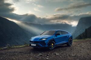 Lamborghini Urus SUV Blue 2019