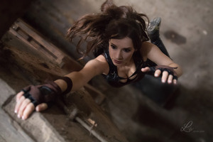 Lara Croft Tomb Raider Cosplay Wallpaper