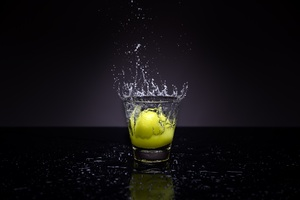 lemon splash photography Wallpaper