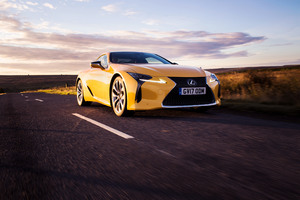Lexus LC 500 2017 Wallpaper