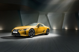 Lexus LC 500h Yellow Edition 2018