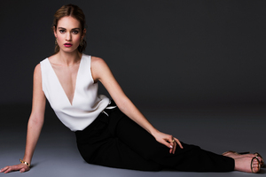 Lily James 2017 Wallpaper