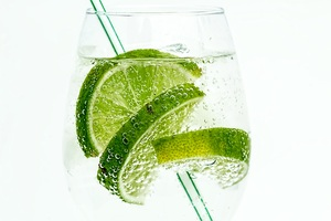 Lime Drink Bubbles Wallpaper