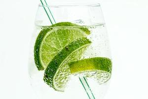 Lime Drink Bubbles Wallpaper