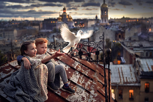 Little Boy And Girl Pigeon Roof 4k Wallpaper