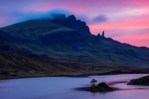 Loch Fada Sunrise Isle Of Skye 5k Wallpaper