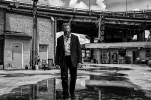 Logan 2017 Hugh Jackman Suit Wallpaper