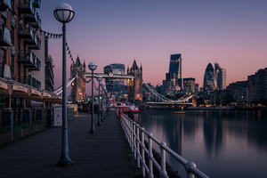 London Evening Buildings Water Side 8k