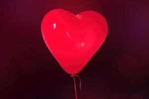 Love Balloon Wallpaper
