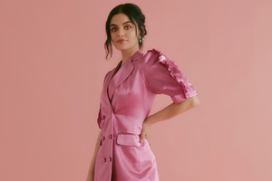 Lucy Hale Instyle 2020 Wallpaper