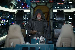 Luke Skywalker In Star Wars The Last Jedi 2017 Wallpaper