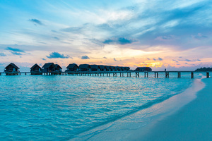 Maldives Resorts Huts Over Water