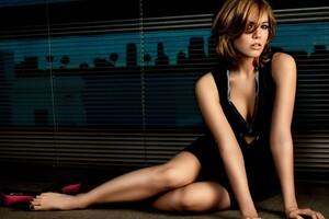 Mandy Moore Model Wallpaper
