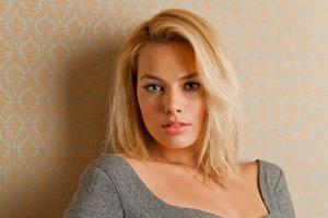 Margot Robbie 12