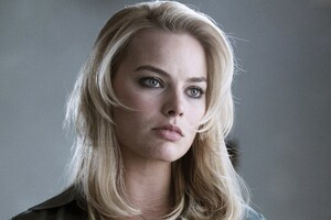Margot Robbie 8 Wallpaper