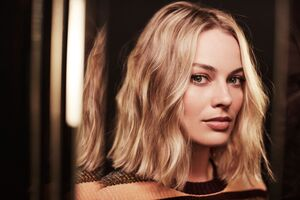 Margot Robbie 8k Wallpaper